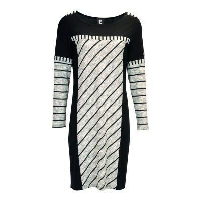 Dress in soft knit with long sleeves