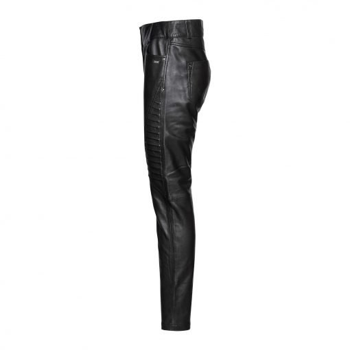 woman leather pants with pleats side