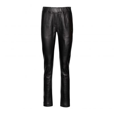 Woman slim leather pants front