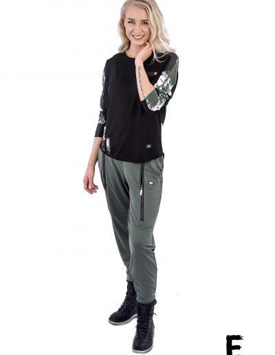 Pants and t-shirt raw woman e avantgarde